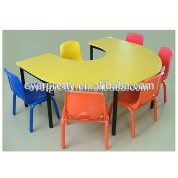 table pour garderie