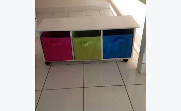 meuble avec casier