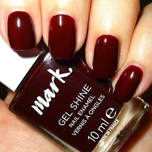 vernis rouge bordeaux